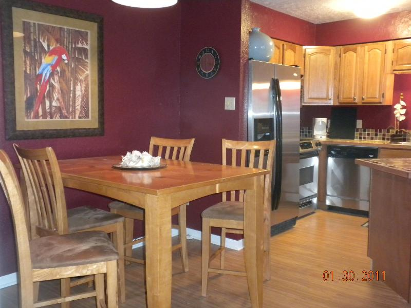 Dinning Area off Kitchen - Amazing Views of Beach and Bay!!  300sq ft Balcony - Port Aransas - rentals