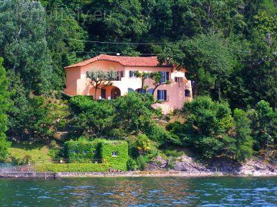 Holiday villa Reno di Leggiuno, Lake Maggiore Italy - Unique lakefront villa with beach! - Laveno-Mombello - rentals