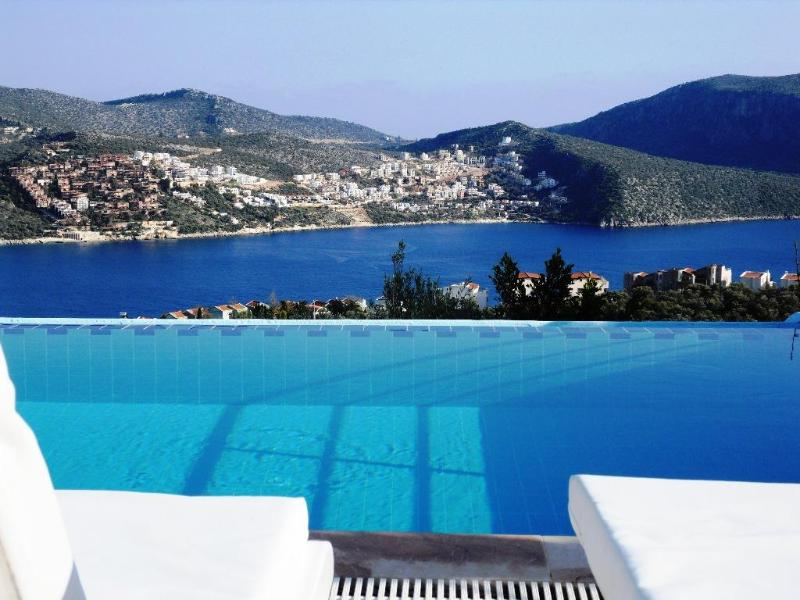 Infinity pool with sea views. - Villa Pisces Kalkan Turkey - Detached villa - pool - Kalkan - rentals