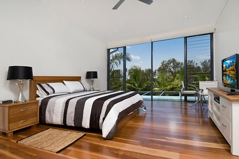 Aamber Beach Villa - Image 1 - Byron Bay - rentals