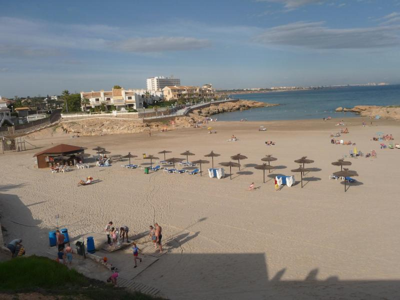 beach within 5 mins walk - Vistamar Apartment - Spain - rentals