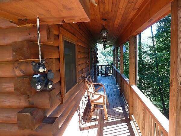 Front Entryway - Bear Inn - Boone - rentals