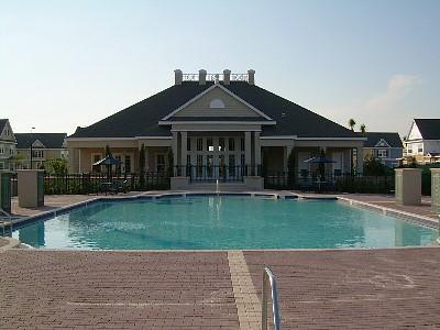 The Pool And Clubhouse - 3 Bedroom Townhome with Hot Tub and minutes from Disney - Kissimmee - rentals