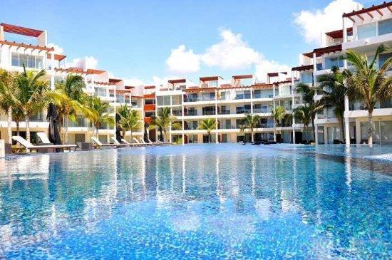 """Elements- Coco Bay Beach Playa del Carmen - Coco Beach – Deluxe 2 Bed - 2 Bath """"EGH20"""" - Playa del Carmen - rentals"""