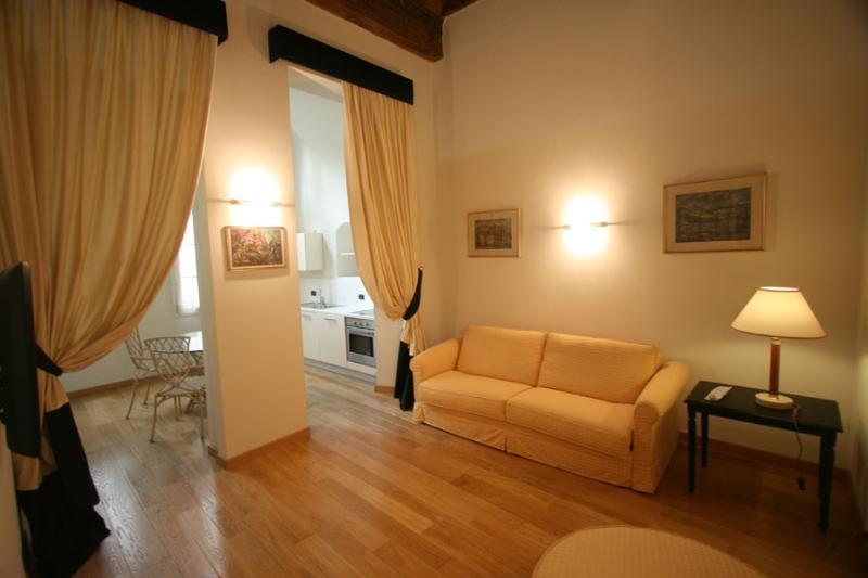 Suite Donatello - Image 1 - Florence - rentals