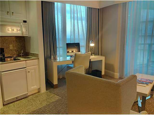Fontainebleau Tresor Ocean View Studio Sleeps 4 - Image 1 - Miami Beach - rentals