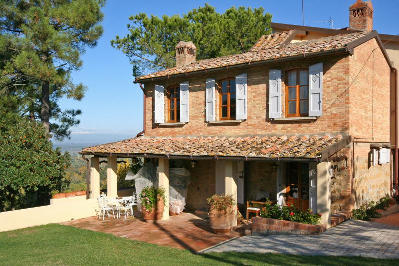 Farmhouse for Rent in Tuscany - Casa Montaione - Image 1 - Montaione - rentals
