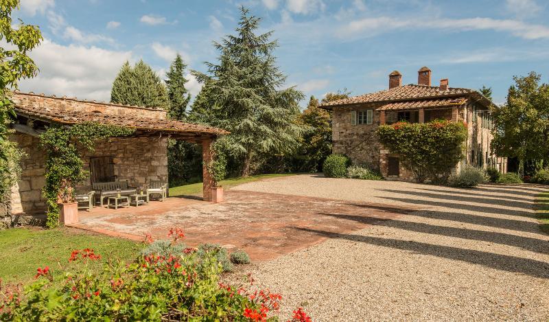 Beautiful Farmhouse in the Chianti Near Town - Casa Radda - Image 1 - Radda in Chianti - rentals