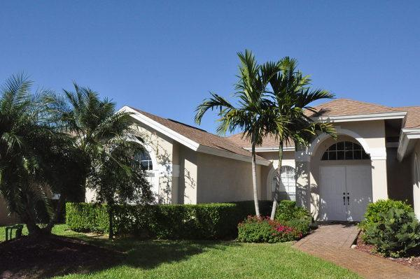 front of the house - Naples - 4 bedroom house with pool in Briarwood - Naples - rentals