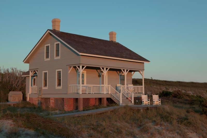 Captain Charlie's 3 - Image 1 - Bald Head Island - rentals