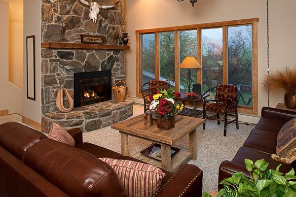 Great Room with Fireplace & Majestic Views - Bear Creek Ranch Home,  Your  'Home on the Range' - Bozeman - rentals