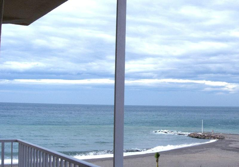 View from balcony - Waterfront Beach Apartment - Algarrobo - rentals