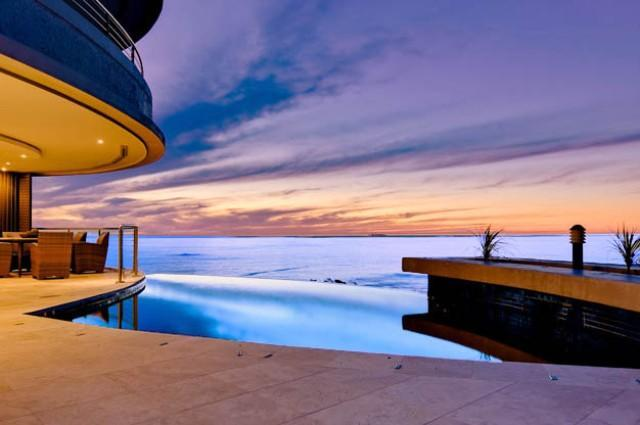 Azure Views, 5 minute walk to beach - Image 1 - Camps Bay - rentals