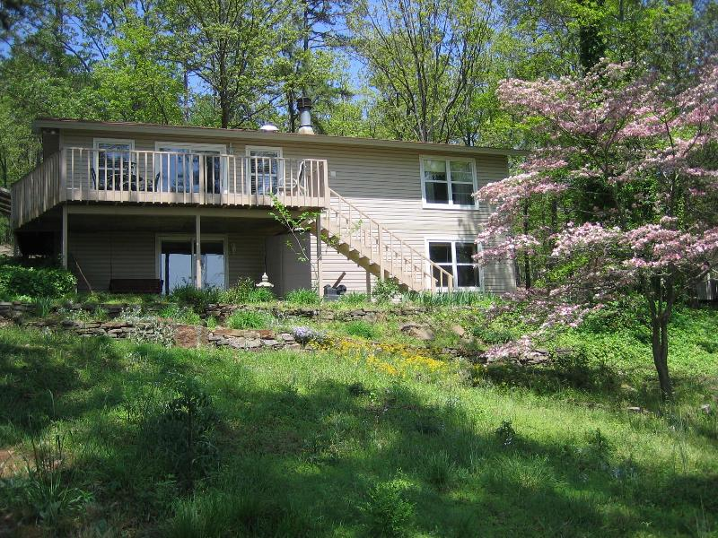Greer's Ferry Lake View Home 4 BR - 2,114 sq. ft. - Image 1 - Greers Ferry - rentals