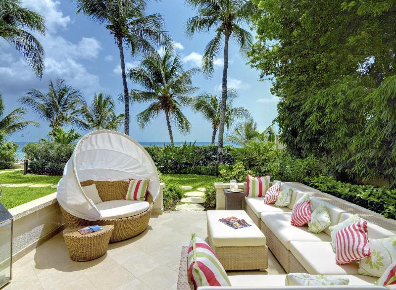 Stunning Terrace and Gardens at 1 Smugglers Cove - 1 Smugglers Cove Stunning 5 Star Beach  Property - Paynes Bay - rentals