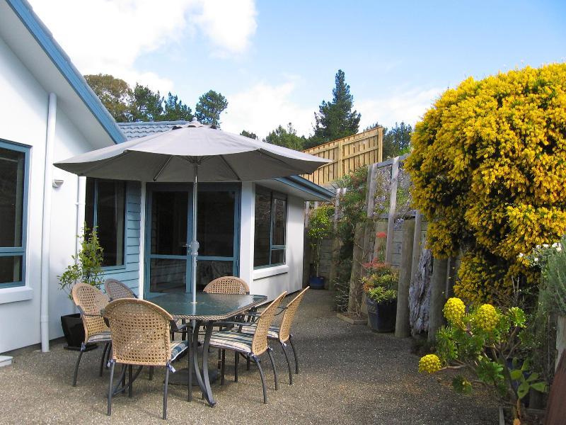 Sun Terrace at Bay Vista Kaiteriteri - Bay Vista KAITERITERI - Luxury 3 Bedroom Property. - Kaiteriteri - rentals