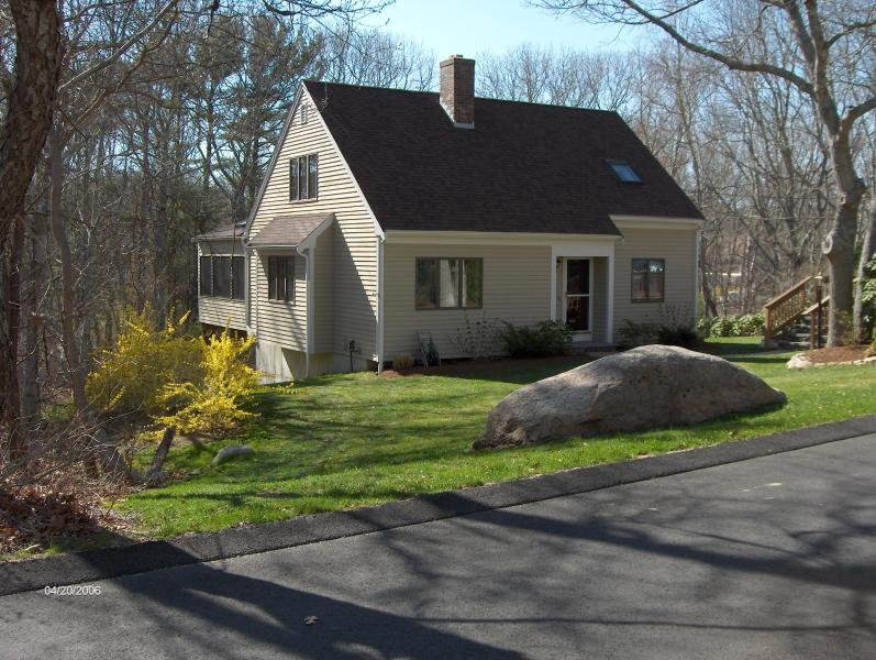 Welcome! - Cape Cod - Old Silver Beach, West Falmouth - 3 BR! - Falmouth - rentals