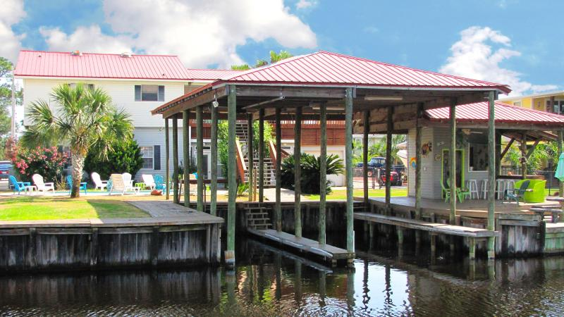 Waterfront~Private Home~2 Covered Boat Slips~Private Pool~Sleeps 15 Comfortably! - 'Blue Bayou!'~Waterfront~Private Pool~2 Boat Slips - Orange Beach - rentals