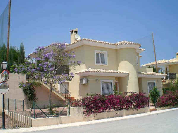 Frontside of villa - Villa Jacaranda (Spain): Pool, Golfcourse, near Beaches - Alicante - rentals