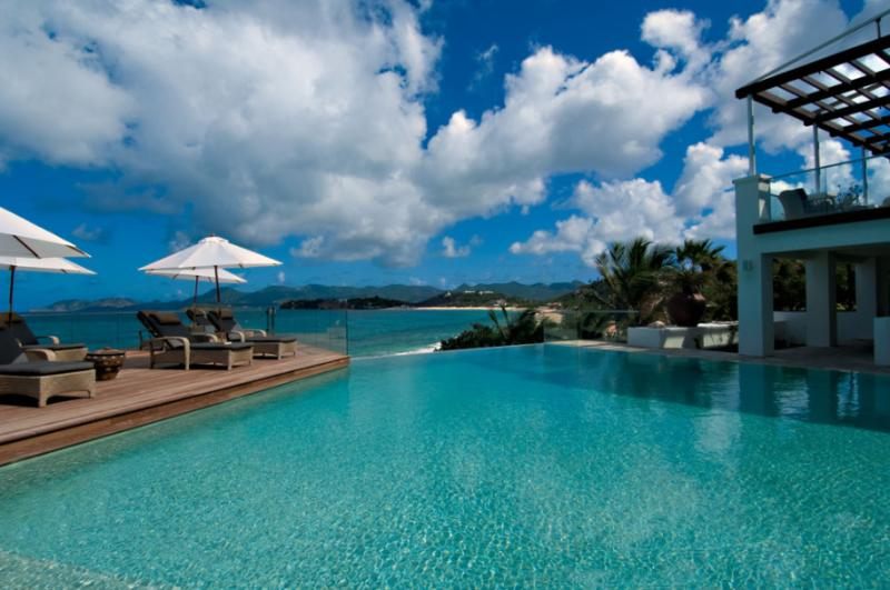 Villa L'Oasis, Baie Rouge Beach, St Martin 800 480 8555 - L'OASIS... Heavenly, Super Deluxe beachfront estate has everything!! - Baie Rouge - rentals