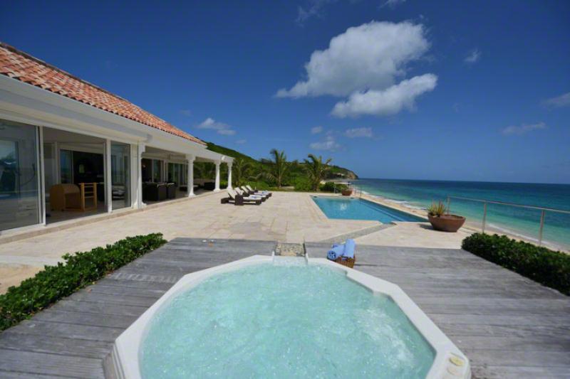 LA VIE EN BLEU...Baie Rouge Beach, French St Martin - LA VIE EN BLEU ...Stunning New 2 BR Luxury Beach Front Villa on Baie Rouge - Baie Rouge - rentals