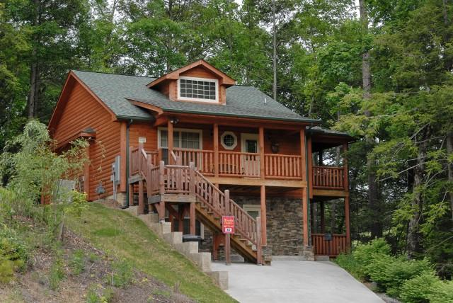 TIMBER TREE LODGE - Image 1 - Pigeon Forge - rentals