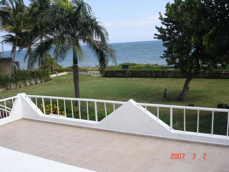 OCEANVIEW FROM OUTDOOR DECK - OCEANFRONT FAMILY HOME -NEWLY RENOVATED - Costambar - rentals