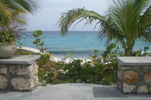 Baie Long Beach House... steps to Baie Longue, St. Martin - BAIE LONGUE BEACH HOUSE...3 BR  tropical hideaway for couples directly on Long Beach! - Baie Longue - rentals