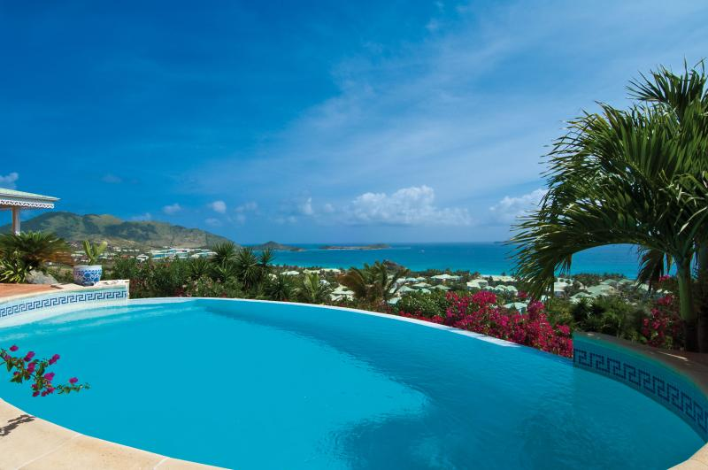 Coccinelle...Orient Bay, St. Martin - COCCINELLE... 4 master suites perfect for couples, spectacular views of Orient Beach - Orient Bay - rentals