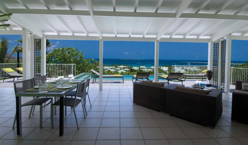 La Sarabande...magnificent 180 view over Orient Bay - LA SARABANDE...magnificent 180 view over Orient Bay, 3 equal master suites & 2 baths - Orient Bay - rentals