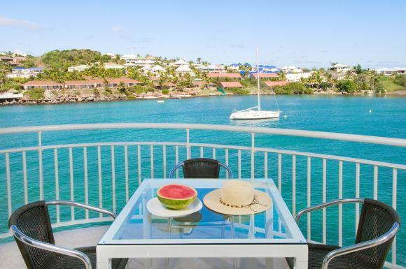 Lighthouse 3A, Oyster Pond, St Maarten - LIGHTHOUSE 3A... Ocean front, rooftop pool, gym and luxurious! - Oyster Pond - rentals
