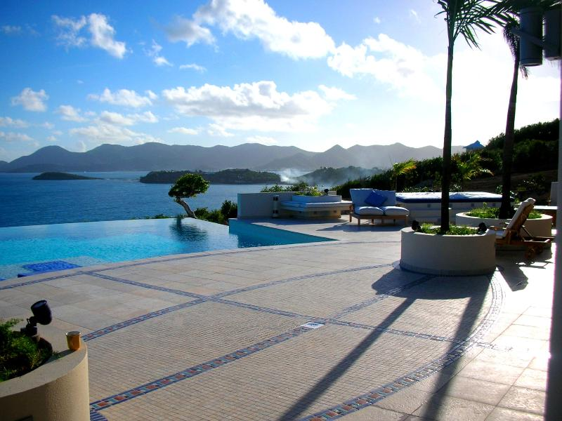 Mes Amis, Terres Basses, St Martin - MES AMIS...Spectacular Ultra Deluxe cliffside masterpiece! Breathtaking views! Absolutely stunning 11 BR estate on 7 acres! - Baie Rouge - rentals