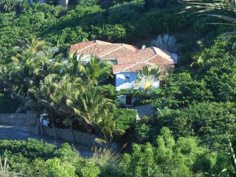 Villa Prana, Dawn Beach, St Martin - PRANA....Gorgeous views over Dawn Beach and St Barts - Dawn Beach - rentals