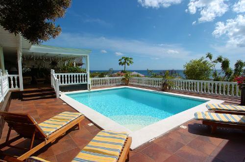 Sapphire....Pelican Key, Dutch St. Maarten - SAPPHIRE...  a casual hillside, St Maarten villa with ocean views in Pelican Key! - Pelican Key - rentals