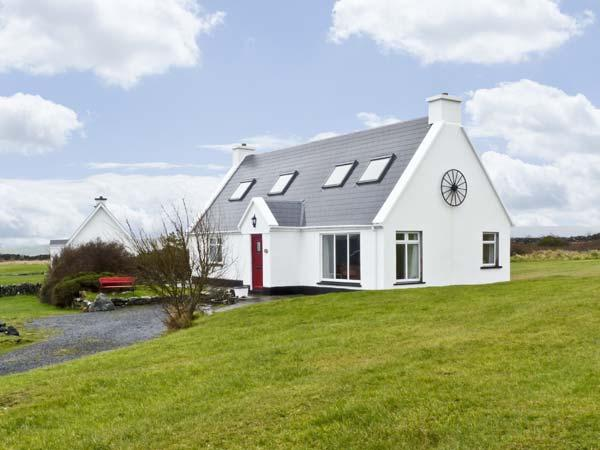 6 MUCKANISH COTTAGES, family friendly, with a garden in Ballyvaughan, County Clare, Ref 4599 - Image 1 - Ballyvaughan - rentals