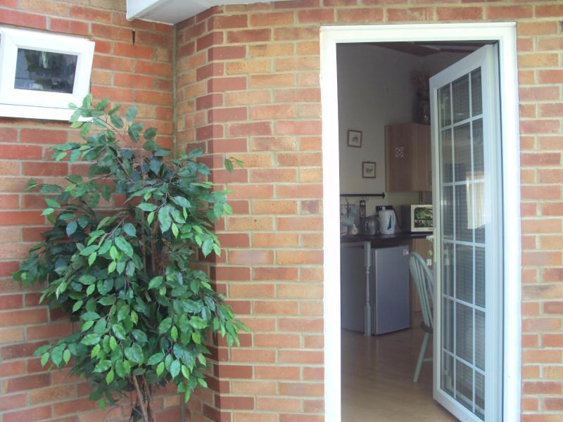 Own Entrance - Sutton Courtenay Studio - Sutton Courtenay - rentals