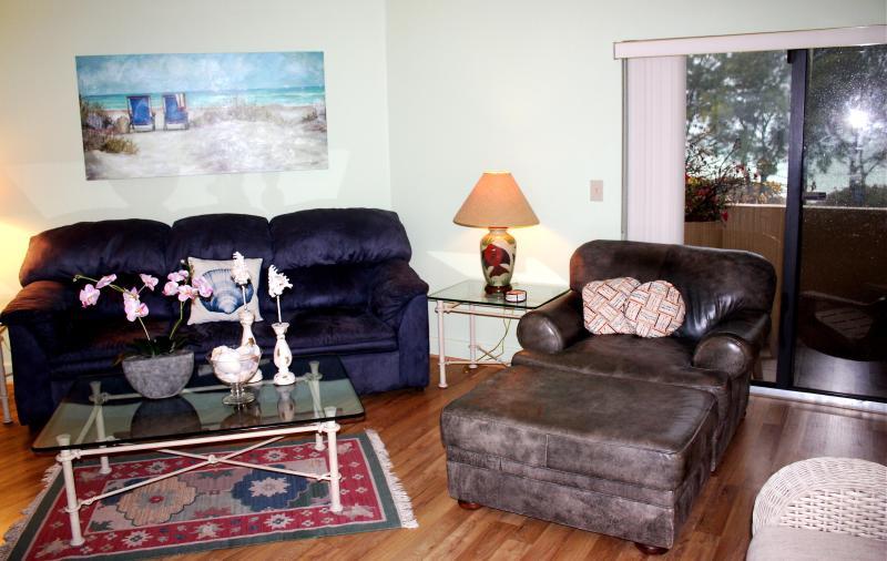 Living Room - Sunrise/Sunset on AMI Florida - Bradenton - rentals