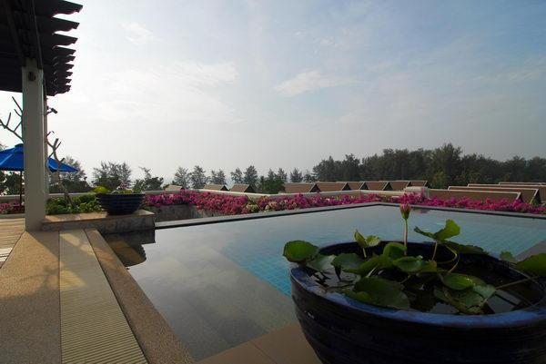 Private rooftop pool with spectacular sea views - Maan Tawan penthouse - Phuket - rentals