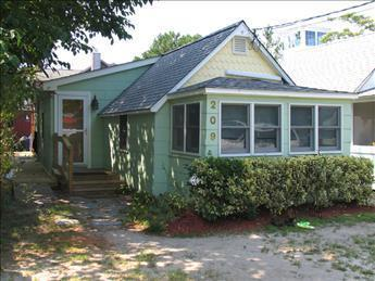 Gorgeous 1 Bedroom & 1 Bathroom House in Cape May Point (Flip Flop Beach 6031) - Image 1 - Cape May Point - rentals