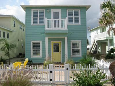 Casa Bonita at Village Walk - Sleeps 10 close to Beach in Port Aransas - Port Aransas - rentals