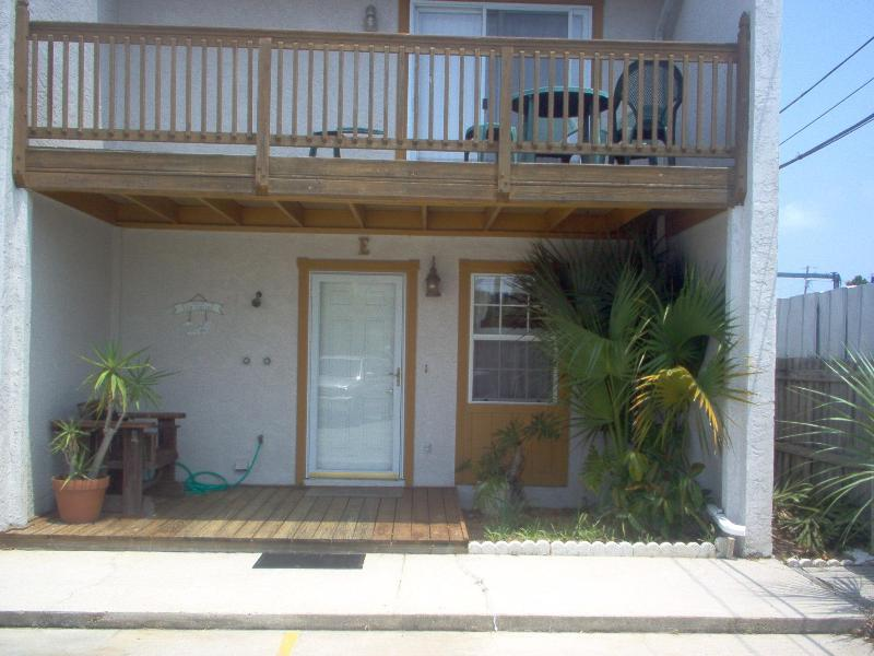 Front of the townhouse - 2 Bedroom Beach House Rental with Balcony - Panama City Beach - rentals