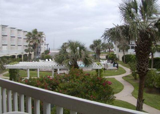 This cozy 1 bedroom condo is located at the Victorian on the Seawall. - Image 1 - Galveston - rentals
