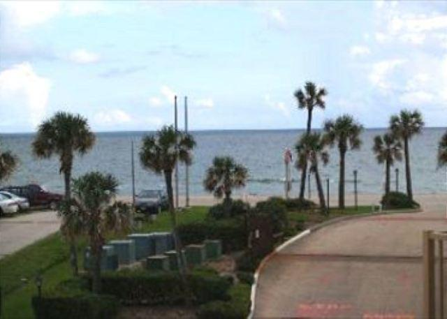 A beautiful property with the perfect view of the gulf and pool area. - Image 1 - Galveston - rentals