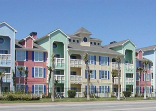 Enjoy picturesque views of the gulf in this Seawall front property. - Image 1 - Galveston - rentals