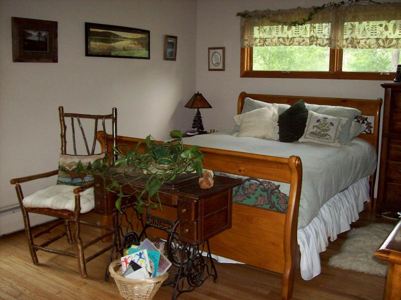 master bedroom in upper level of B&B, queen bed, private bath, private deck, $95 per night w/breakfast - PRIVATE, RURAL RETREAT--SINGLE ROOMS AVAILABLE! - Remsen - rentals