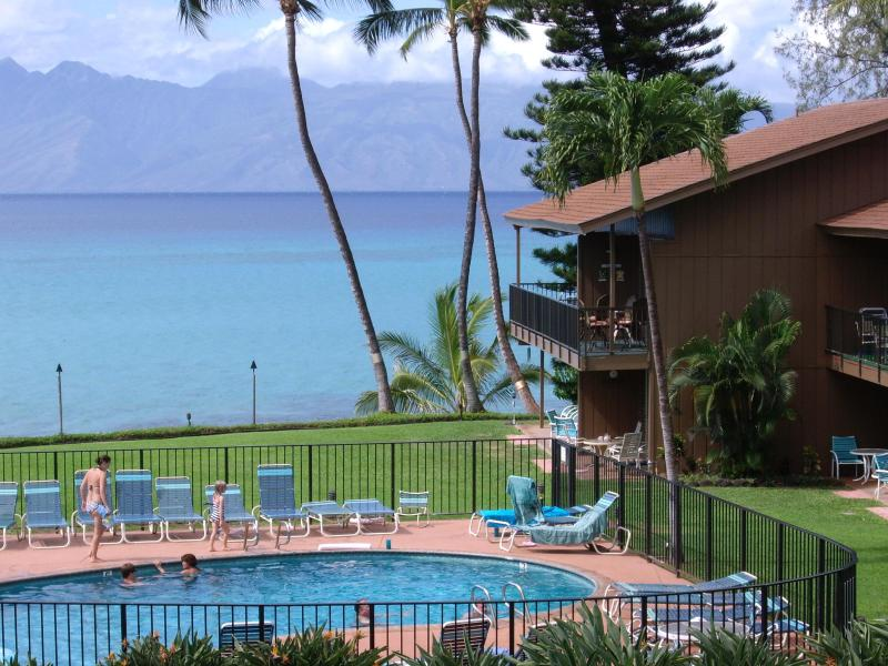 Lanai view with Molokai in distance - OCEANFRONT MAUI, 2B,2B BOOK NOW FOR 2016 AFFORDABL - Lahaina - rentals