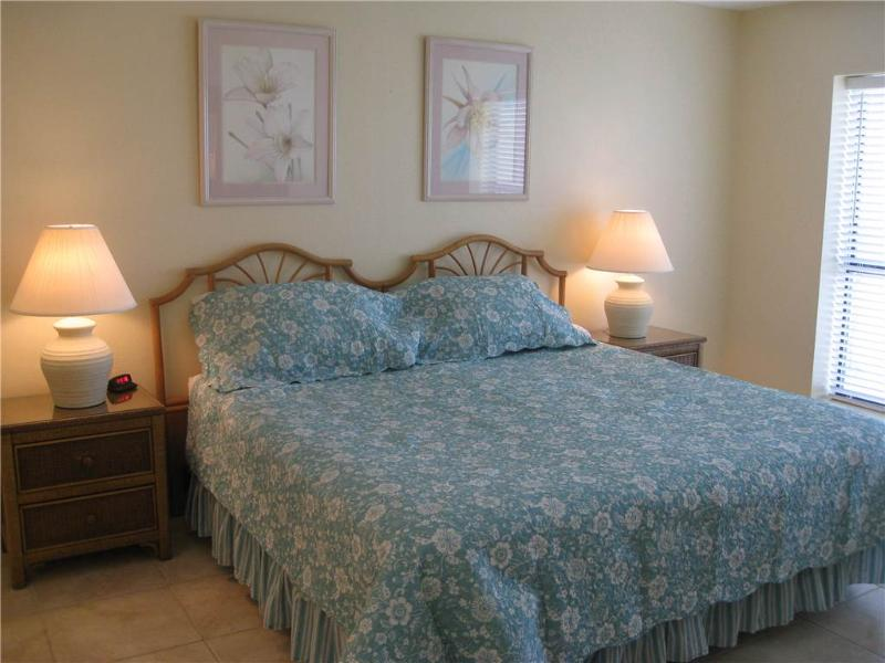 Fabulous Beach Front Condo - Image 1 - South Padre Island - rentals