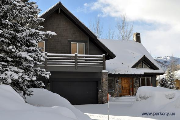 Front Entrance - Deer Valley Luxury Four Bedroom Home - Park City - rentals