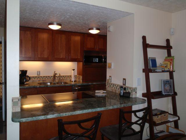 Newly remodeled and well stocked kitchen - Maui Vacation Rental on the Beach at Ma'alaea - Maalaea - rentals