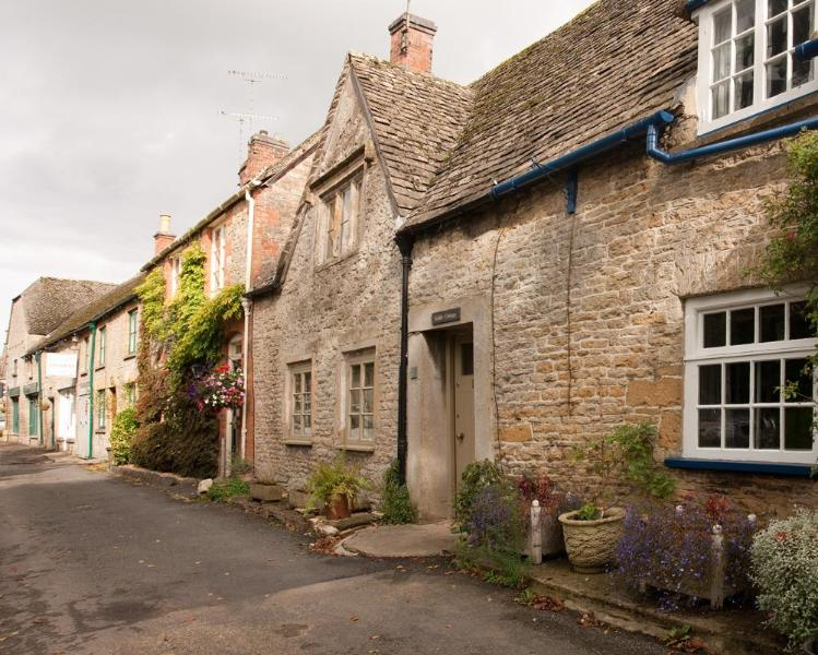 Gable Cottage, Wraggs Row - Gable Cottage - Stow-on-the-Wold - rentals